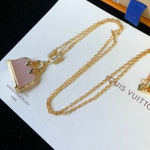 Louis Vuitton Necklaces with box